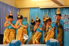 Thailand-Studenten Kultur-Tanz Stockbilder