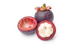Thailand trägt Mangostanfrucht auf weißem Hintergrund Früchte lizenzfreie stockbilder
