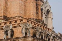 Thailand traditionella Buddhaskulpturer Royaltyfria Foton