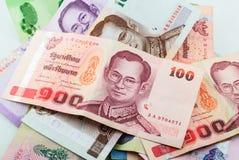 Thailand valuta av bahtsedelbakgrund Royaltyfria Bilder