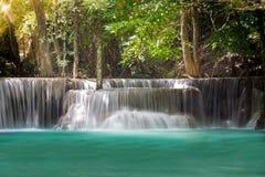 Thailand vattenfall i Kanchanaburi Arkivbild