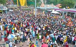 thaipusam för festival för batugrottafolkmassa Arkivbild
