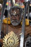 Thaipusam ist ein hindisches Festival, wohin eifrige Anhänger zusammen für eine Prozession kommen und Zeichen ihrer Hingabe und D lizenzfreie stockfotografie