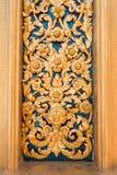 Thais beeldhouwwerk bij Wat Bowonniwet Vihara-tempel in Bangkok, Thailand royalty-vrije stock afbeeldingen