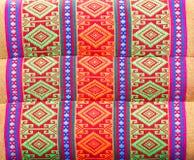 Thais de stijlkatoen van het textuurhoofdkussen. met de hand gemaakt stock foto's
