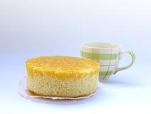 Thais dessert, Gouden die Eierdooiersdraad (Foythong-Cake) op witte achtergrond wordt geïsoleerd Royalty-vrije Stock Afbeelding