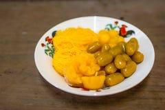 Thais die dessert van eierdooiers wordt gemaakt Royalty-vrije Stock Afbeeldingen