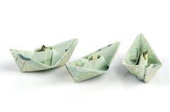 Thais die geld in de vorm van een boot wordt gevouwen. royalty-vrije stock foto