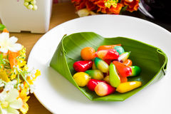Thais färgrika efterrätter. fotografering för bildbyråer