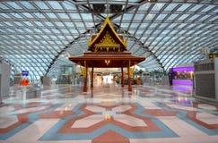 Thais paviljoen in terminal van Luchthaven Suvarnabhumi Stock Afbeeldingen