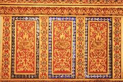 Thais stijlbeeldhouwwerk Stock Afbeeldingen