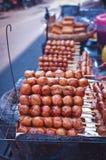 Thais straatvoedsel: vleespen Royalty-vrije Stock Afbeeldingen