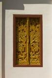 Thais tempelvenster in Wat Hua Kuang Stock Afbeelding