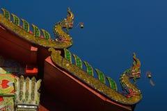 Thais traditioneel decoratiedak van de tempel Stock Fotografie