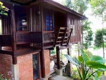 Thais traditioneel huis met veranda royalty-vrije stock foto's