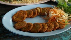 Thais voedsel - beweeg gebraden gerecht #6 De gebraden ballen van het vissendeeg Royalty-vrije Stock Afbeelding