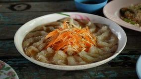 Thais voedsel - beweeg gebraden gerecht #6 Garnalen in vissensaus Royalty-vrije Stock Foto's