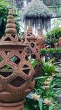 Thaise antieke kruik in de tuin Royalty-vrije Stock Afbeelding