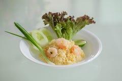 Thaise gebraden rijst met garnalen Royalty-vrije Stock Foto's