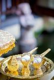 Thaise huwelijksceremonie die in balzaal plaatsen Royalty-vrije Stock Afbeelding