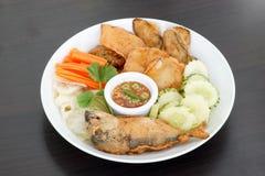 Thaise keuken-Nam Prik Gapi of Garnalendeeg Chili Dip Stock Foto's