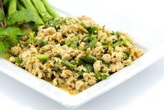 Thaise Kruidige fijngehakte kippensalade Royalty-vrije Stock Afbeelding