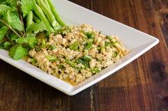 Thaise Kruidige fijngehakte kippensalade Royalty-vrije Stock Afbeeldingen