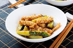 Thaise kruidige salade met pijlinktvis en komkommer in zoetzure saus royalty-vrije stock fotografie