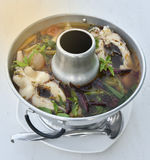 Thaise kruidige soep met vissen - Tom Yum-soep royalty-vrije stock foto