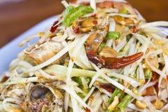 Thaise kruidige Som Tam met gezouten krab Stock Afbeelding