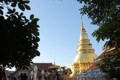 Thaise pagode in Lamphun Thailand stock afbeeldingen