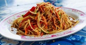 Thaise papajasalade of Som Tum Stock Fotografie