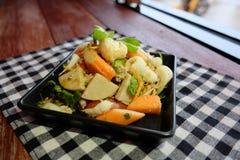Thaise salade zure & kruidige zeevruchten met tomaat, glasnoedel Stock Fotografie
