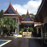 Thaise stijlvilla Stock Foto's