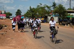 Thakhek Laos, Listopad, - 05, 2014: Midddle szkoły Laos ucznie Obrazy Stock