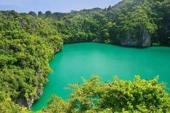 Thale Nai-lagun, Mae Koh ö, Ang Thong National Marine Park Royaltyfria Bilder