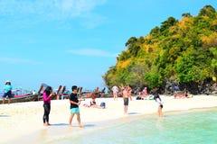 Thalewaek Gescheiden Overzees in Krabi, Thailand royalty-vrije stock fotografie