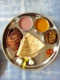 Thali -印地安膳食 免版税库存照片