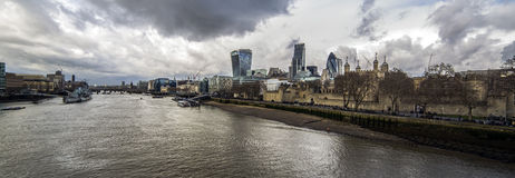 The thames. At mid day Royalty Free Stock Images