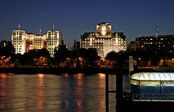 Thames at Night. From Festival Pier showing the Mex-Shell House and Savoy Hotel Stock Photography