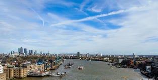 Thames River från tornbron, London, UK Royaltyfria Bilder