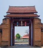 Thanang门。 库存照片