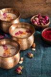 Thandai o Sardai, bebida india para el festival de Holi fotografía de archivo