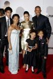 Thandie Newton, Trey Smith, Will Smith, Jada Pinkett Smith, Willow Smith och Jaden Smith Royaltyfri Foto
