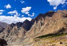 Thang-Dorf auf Grenze Indiens Pakistan in Kaschmir stockfotografie