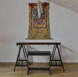 Thangka аппаратуры и тибетца Guqin китайское на стене Стоковые Фотографии RF