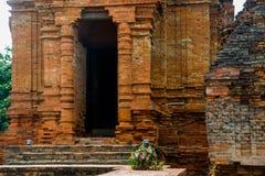 Thap Poshanu torn askfat vietnam Phan Thiet Fotografering för Bildbyråer