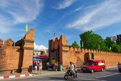Thapae port av Chiang Mai i Thailand Arkivfoton