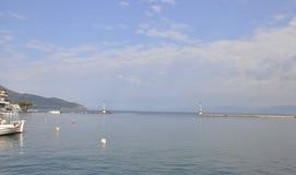 Thassos, 8月21日:在希腊端起Limenas门从Thassos海岛的 免版税库存图片