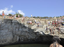 Thassos, 8月19日:Giola从Thassos海岛的自然水池在希腊 库存照片